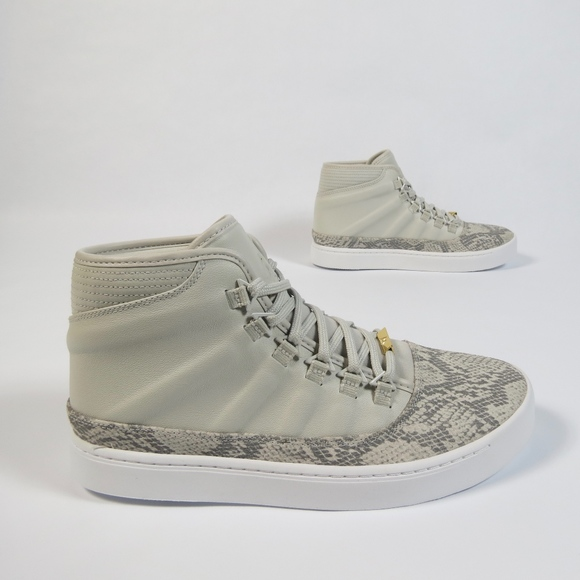 detailed look a7903 413d9 Nike Jordan Westbrook 0 Croc Sneaker Light Bone